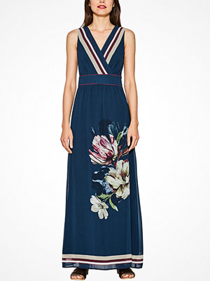 Esprit Maxiklänning med vackert blomtryck