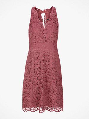Esprit Spetsklänning med fin skärning upptill