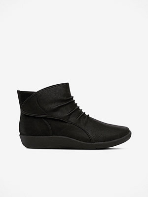 Clarks Boots Cloudsteppers Sillian Sway