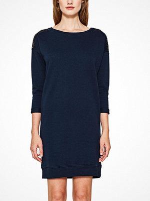 Esprit Sweatshirtklänning med paljetter