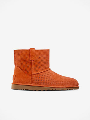 UGG Boots Classic Unlined Mini Perf ofodrade