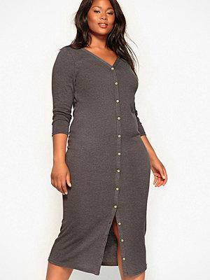 La Redoute Stickad klänning med knäppning