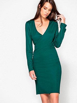 La Redoute Figurnära klänning med omlottringning