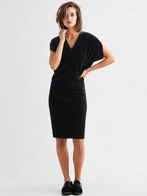 InWear Sammetsklänning Kylie
