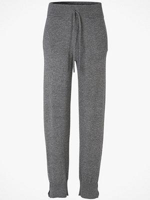 Hunkydory grå byxor Byxa Wesley Knit Pant