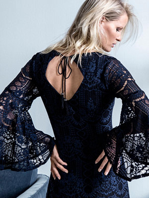 Joelle Spetsklänning Magnolia