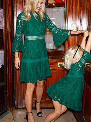 Ellos Spetsklänning Saima