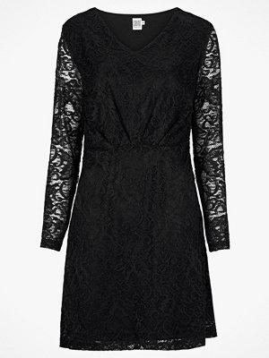 Saint Tropez Klänning Lace Dress