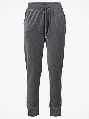 Odd Molly Mjukisbyxor Recce Pants grå