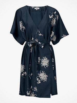 Dry Lake Klänning Kylie Kimono Dress