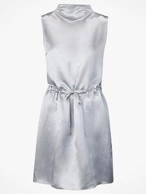 J. Lindeberg Klänning Merced Viscose Silk