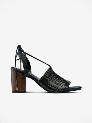 Sandaler & sandaletter - Vagabond Sandaletter Carol i flätat skinn