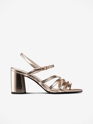 Sandaler & sandaletter - Vagabond Sandalett Cherie guldfärgad