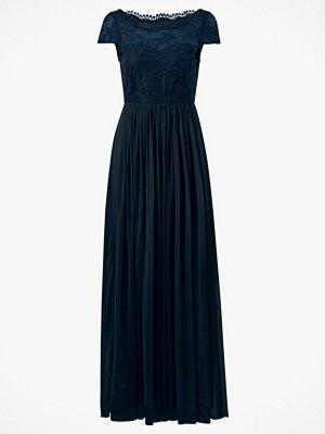 Vila Maxiklänning viUlricana S/S Maxi Dress