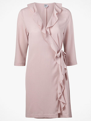 Saint Tropez Klänning Ruffle Wrap Dress 3/4 Sleeve