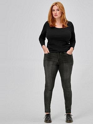 Zizzi Jeans Emily Long Slim fit