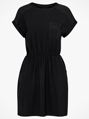Vero Moda Klänning vmAva O-Neck SS Dress