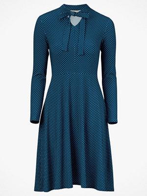 Jumperfabriken Klänning Elvy Dot Dress