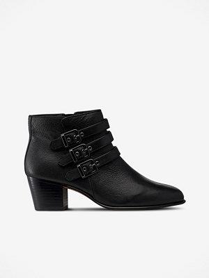 Clarks Boots Maypearl Rayna