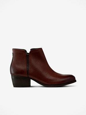 Clarks Boots Maypearl Ramie