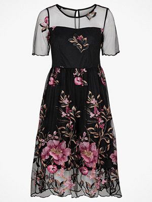 Vila Klänning viPerno S/S Embroidery Dress