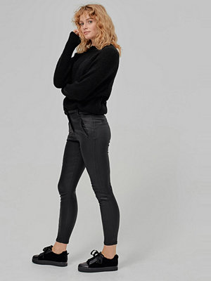 Vero Moda Byxor vmVictoria Antifit Coated Pants svarta