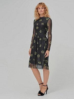 Soaked in Luxury Klänning Sonnet Dress
