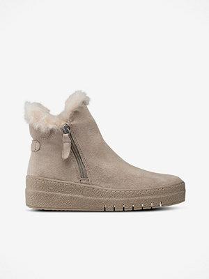 Tamaris Boots i mocka från Tamaris