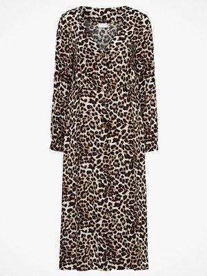 Vila Klänning viLeoletta L/S Midi Dress, leopardmönstrad