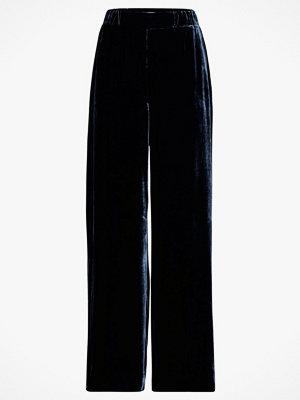 Dagmar Sammetsbyxor Cilea Pants marinblå