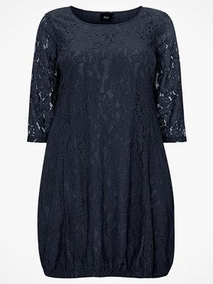Zizzi Spetsklänning XAponi 3/4 Lace Dress
