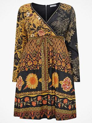 Paprika Klänning Printed Suede Dress
