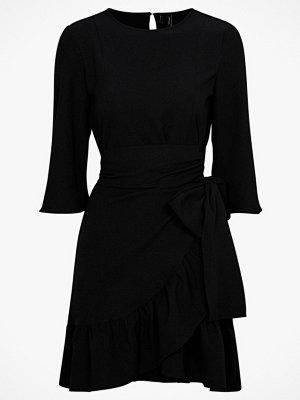 Vero Moda Omlottklänning vmCita 3/4 Bell Wrap Dress Exp