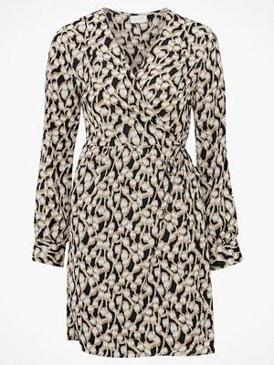 Festklänningar - Vila Omlottklänning viSalpa L/S Wrap Dress