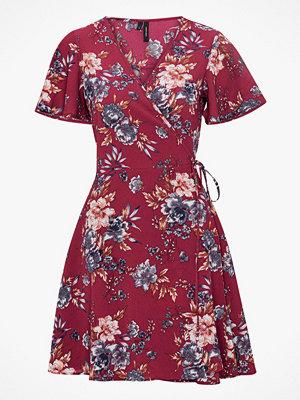 Vero Moda Omlottklänning vmSasha S/S Wrap Dress
