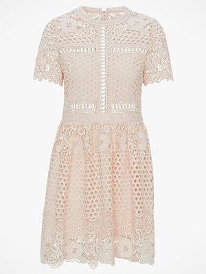 By Malina Spetsklänning Flower Emily Dress