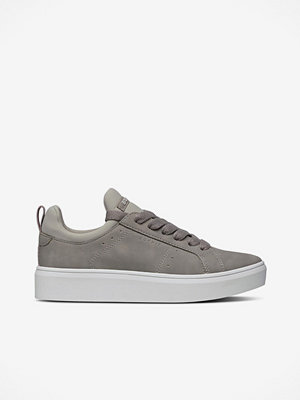 Esprit Sneakers i skinnlook