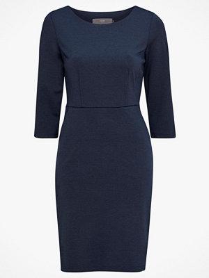 Ichi Klänning Kate Slim Dress