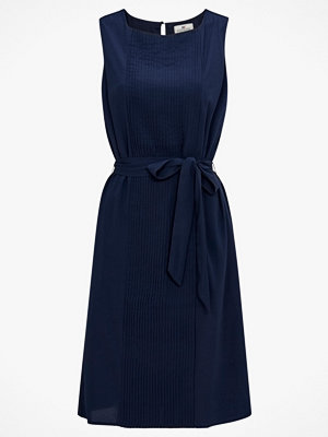 Lexington Klänning Katie Plisse Dress