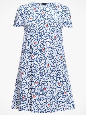La Redoute Blommig, halvlång klänning i utställd modell