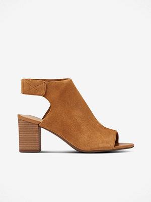 Sandaler & sandaletter - Clarks Sandalett Deva Bell