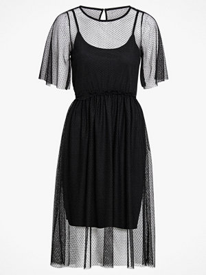 Vero Moda Klänning vmLinna 2/4 BLK Dress