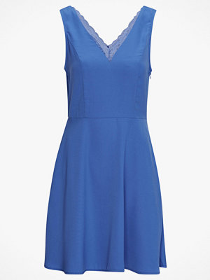 Vero Moda Klänning vmRosa SL ABK Dress