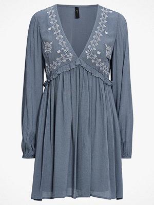 Y.a.s Klänning yasFloy Dress