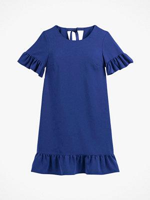 La Redoute Kort, utställd klänning med volang nedtill och kort ärm