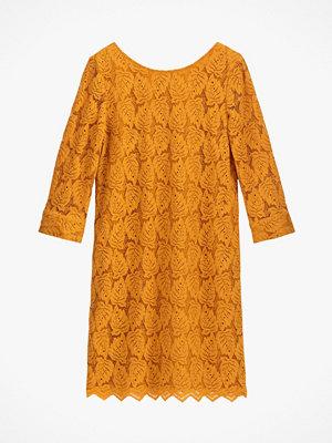 La Redoute Kort spetsklänning med trekvartslång ärm