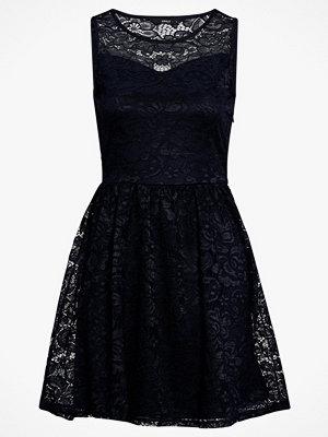 Only Spetsklänning onlDicte Lace S/L Dress