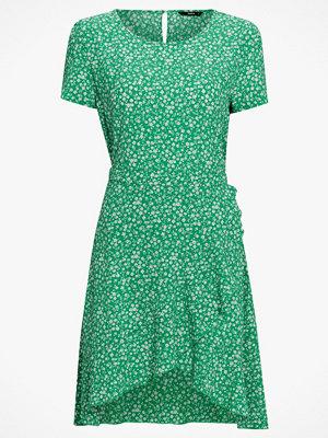 Only Klänning onlNova Lux Frill Dress