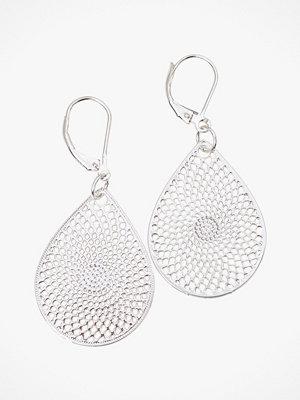 SNÖ of Sweden smycke Örhängen Jacqueline Small Pendant Earring