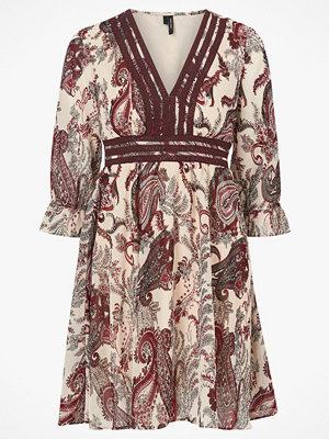 Vero Moda Klänning vmIsabella 3/4 EMB Dress